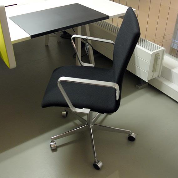 Fritz Hansen-Oxford Classic-Lowback-bureaustoel in Hallingdal