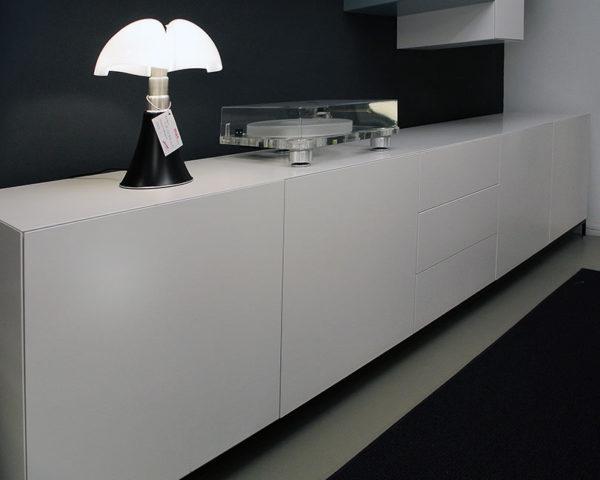 """Pastoe Vision """"Cabinets"""" dressoir"""